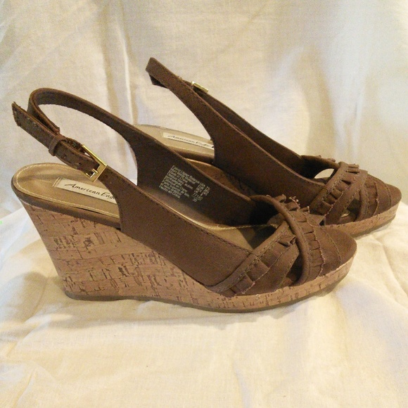 bd3cfabce Brown Wedge Sandals. American Eagle. M_5c412dc2035cf124fe62f491.  M_5c412dc403087cc7963a3c89. M_5c412dc2de6f62d8a1602f26.  M_5c412dc35c445298930e856e